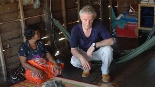 Reisadvies negatief - Sander en Huub Stapel bezoeken leprapatiënten in Cambodja
