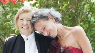 De Wandeling Karin Spaink trouwt terminale vriendin