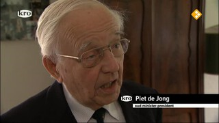 De Wandeling Oud-premier Piet de Jong (97)
