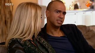 In Mauritius denkt Leon zijn familie dat hij homo is.