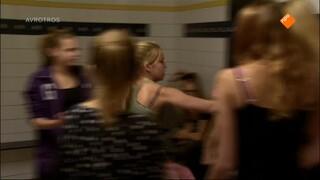Brugklas Mishandeld, musical