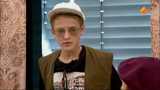 De Vloer Op Jr. - Bevalt Onze Wc Een Beetje? Jij Bent Een Puber-kut-kind. Ik Ben Niet Onhandelbaar.