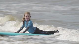 Kindertijd - Nora Zoekt Een Sport