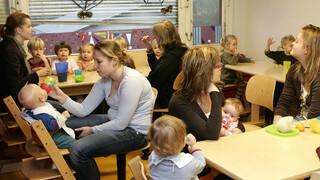 Arena - Baby's Horen Het Eerste Jaar Thuis Bij Hun Ouders