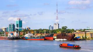 Rail Away - Vietnam: Saigon-nha, Trang-hoi, An-hue-hanoi