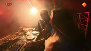 DJ Henzel & Disco Nova