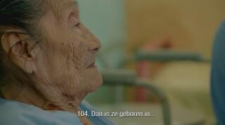 Floortje ontmoet de 104-jarige Noemi in Panama