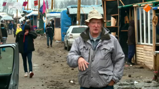 Arnold Karskens bij vluchtelingen in Calais