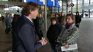 Maestro pop-up-orkest op Rotterdam CS