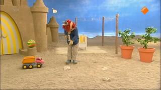 Het Zandkasteel - Rollen Door Het Zand