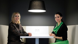 Laila Boutaibi en Annemieke Visser-Brons