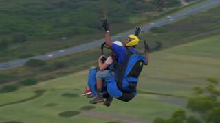 De familie Haars gaat paragliden