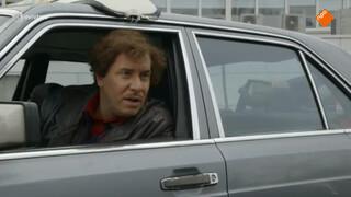 Sayid zit weer op de taxi