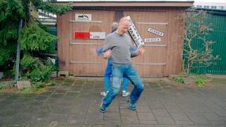 Dansen met de onderdanen