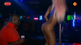 Jan op bezoek bij de strippers