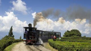 Rail Away - India: Toy Train, Siliguri-darjeeling