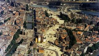 Andere Tijden - Slag Om De Stad: De Nieuwmarkt