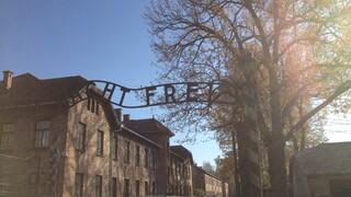 Andere Tijden - Levende Memorie In Auschwitz