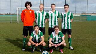 Kicke - Menaldum's Vriendin & Vrouwenvoetbal