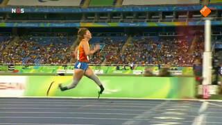 Van Rhijn prolongeert titel 200 meter