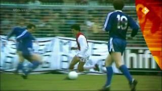 Andere tijden sport Beter dan Van Basten: Gerald Vanenburg