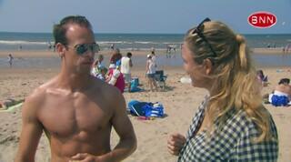 Hoe denken de mannen op 't strand over het uiterlijk?