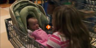 Kleinste moeder ter wereld is 84 centimeter