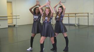 Junior Songfestival - #42 Dansinstructie Kisses & Dancin' - Juniorsongfestival.nl
