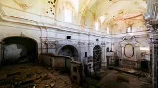 Exitus - Kerken En Kloosters