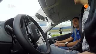 Klaas Kan Alles - Kan Klaas Autorijden Zonder Handen?