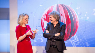 DWDD University presenteert: Spionage door Beatrice de Graaf