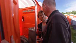 Pinkpop 2013: Giel maakt WC schoon