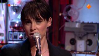 Wende Snijders zingt 'Ne me quitte pas' van Jacques Brel