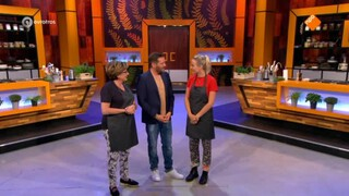 Chef In Je Oor - Catherine Keyl Vs Tess Millne