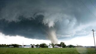 Het Klokhuis: In het pad van de tornado
