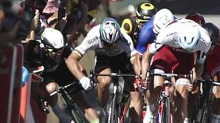 Sagan uit de Tour gehaald na elleboog