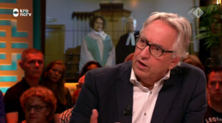 De kerken in Nederland lopen massaal leeg en dat gaat Andries Knevel aan het hart
