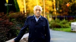 Een jaar na de Turkse coup: gevluchte Turken wachten af