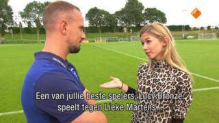 Anouk Hoogendijk interviewt Engelse bondscoach