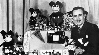 Close Up - Walt Disney (1)