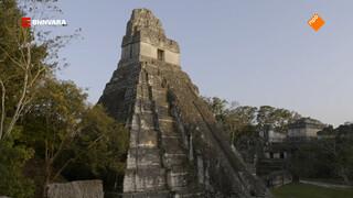 Geraldine bezoekt Maya-ruïnes van Tikal