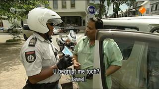 'Moet ik over uw auto lopen?'