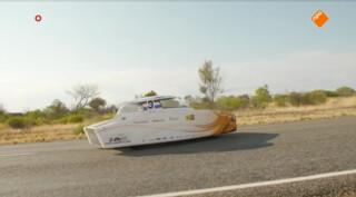 Delft wint voor de zevende keer World Solar Challenge