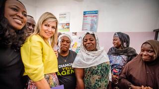 Koningin Máxima bezoekt Nigeria voor de Verenigde Naties