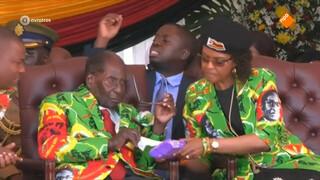 Huisarrest voor Mugabe: De oudst zittende wereldleider ooit