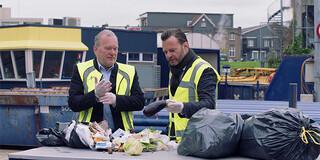 Prima voedsel in vuilnisbak