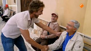 Chris ontmoet tientallen Italianen met dezelfde naam