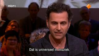 Dweezil Zappa over Frank Zappa