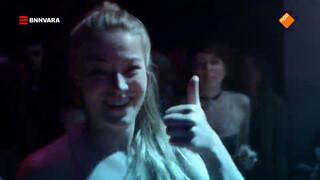 Geraldine duikt het nachtleven van Pristina in