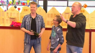 School Magic - Buiten - Aula